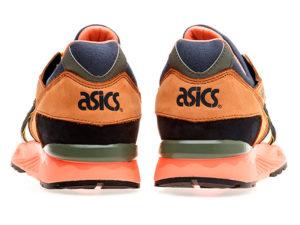 Кроссовки Asics Gel Lyte 5 светло-коричневые с белым мужские - фото сзади