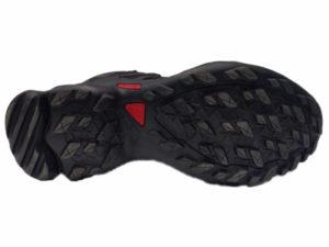 Зимние Adidas Terrex Traxion черные - фото подошвы