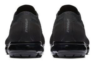 Nike Air VaporMax Flyknit black черные 40-44