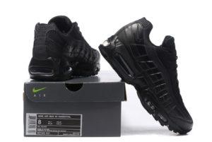 Nike Air Max 95 черные (35-45)