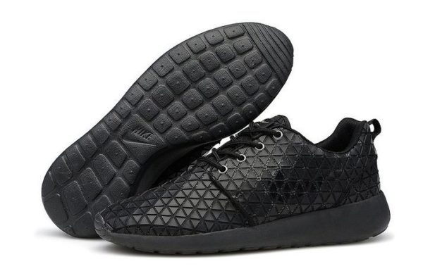 Nike Roshe Run Metric QS черные (39-44)