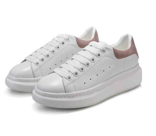 Весенние кроссовки Alexander McQueen