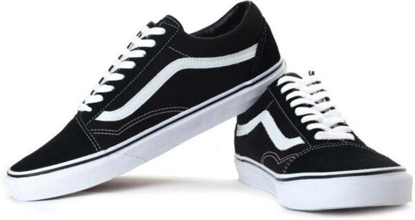 Низкие мужские черные кроссовки