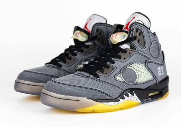 Nike Air Jordan 5 Retro SP серые (40-44)