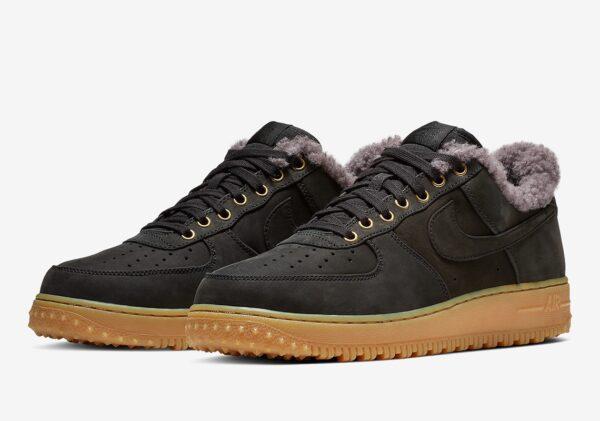 Зимние Nike Air Force с мехом черные замшевые мужские (40-44)